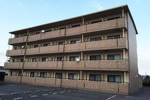 四日市市川北町 マンションの塗り替え工事が完了しました。